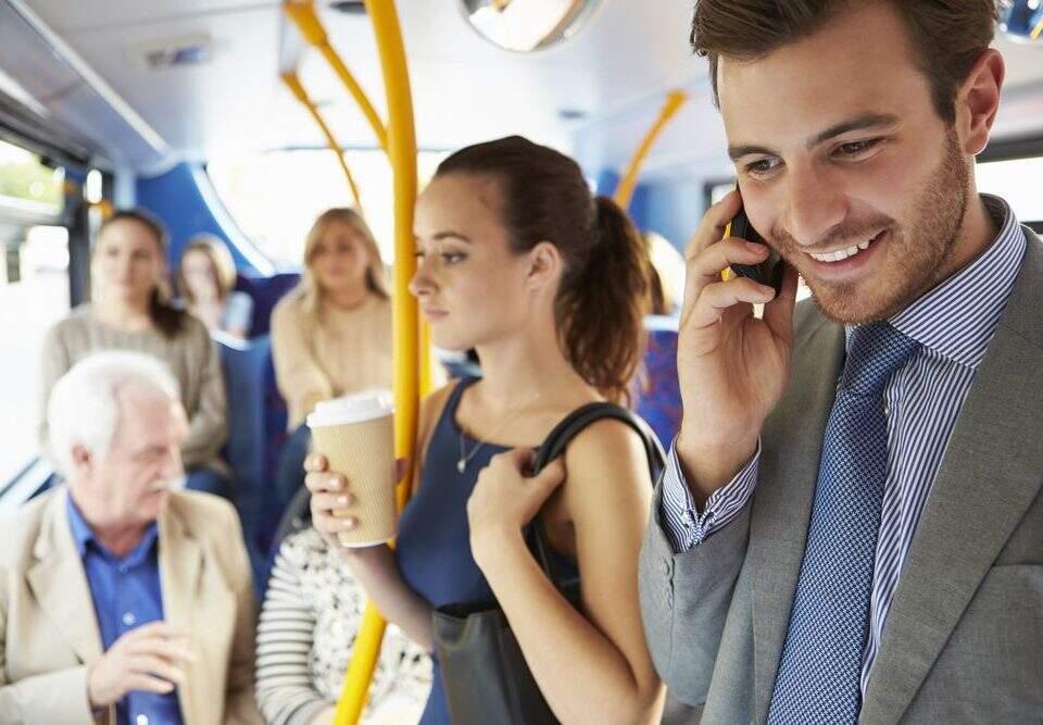 Desconto de vale-transporte: como funciona a regra percentual?